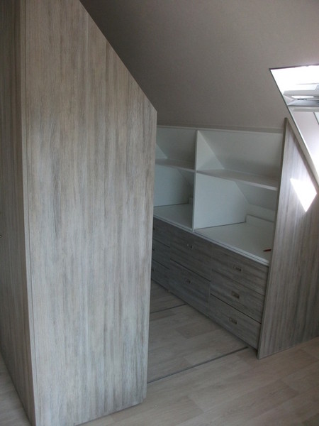 Kleiderschränke Betten Nachtkästchen Schlafsysteme Schrankbetten